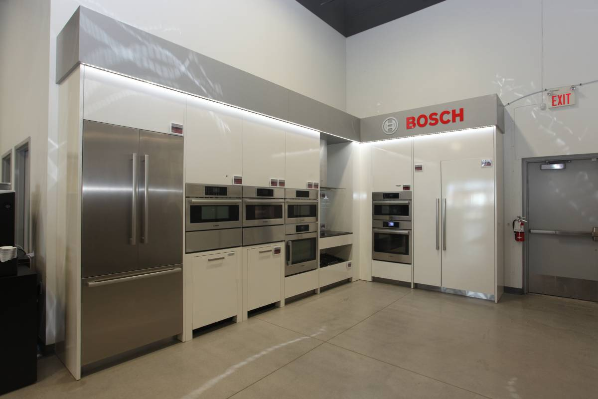 sunday closed canadian appliance source kitchener   canadian appliance  rh   canadianappliance ca